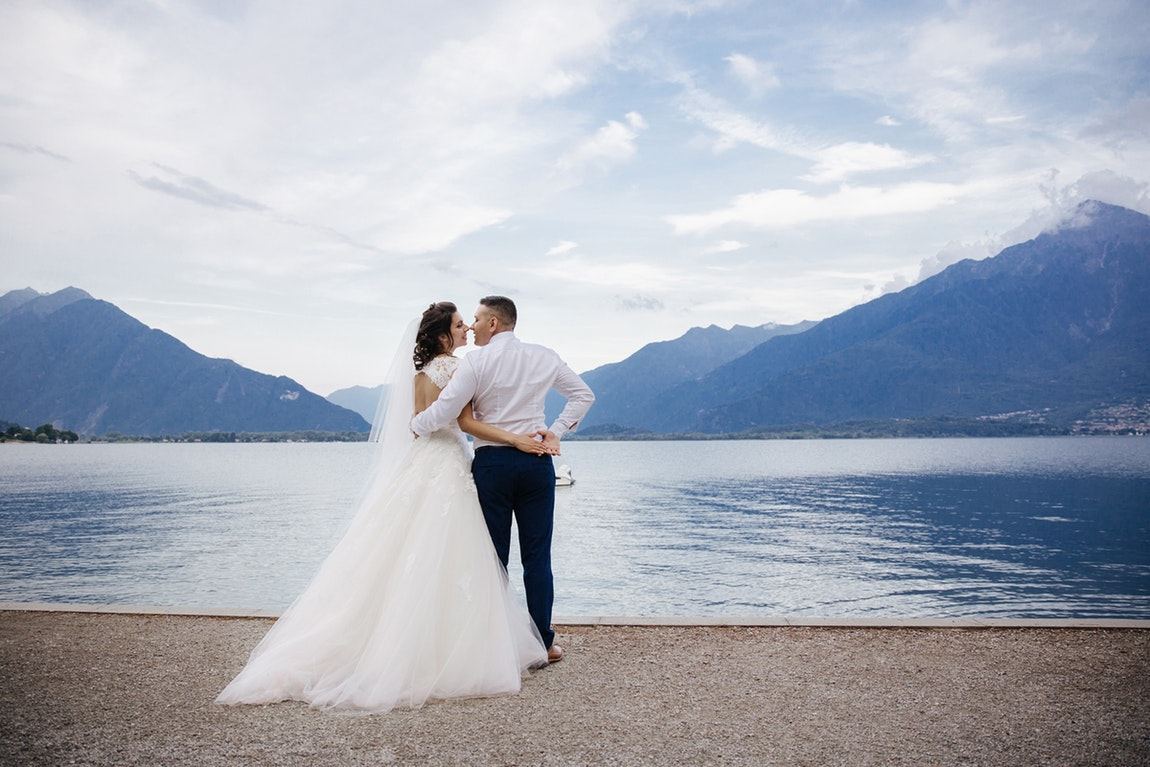 Creating Your Own Stylish Wedding Photography