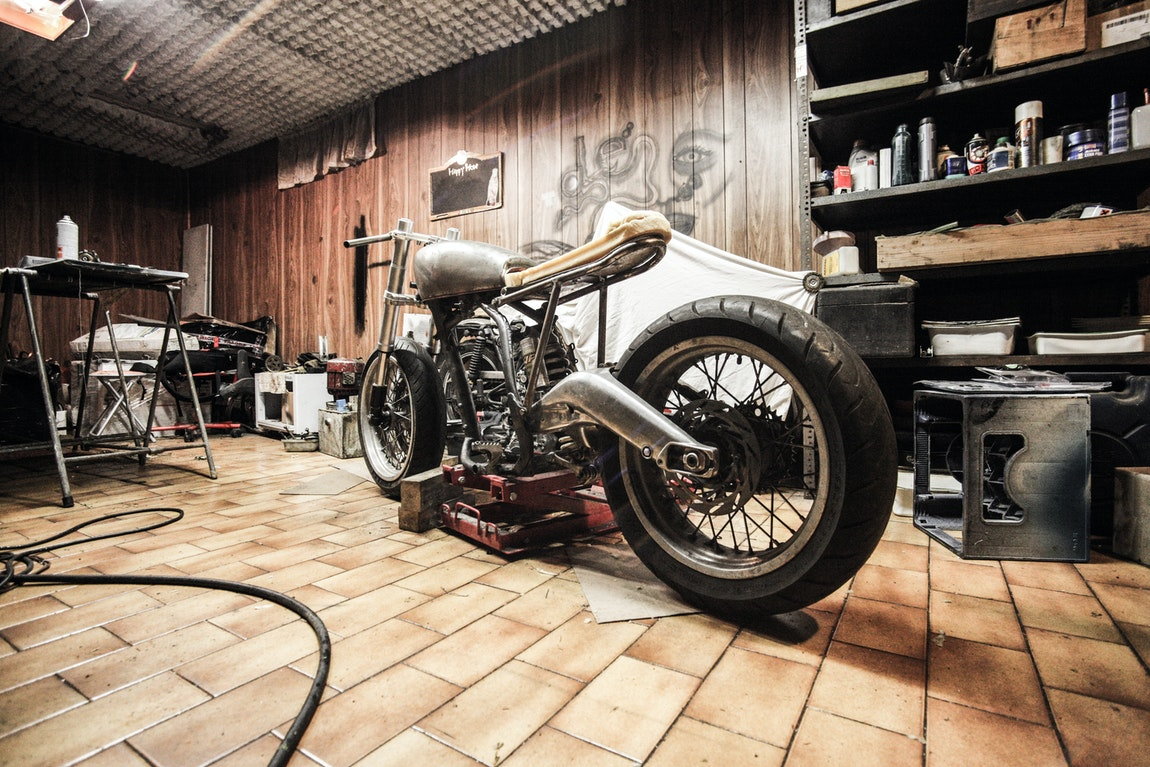 Painting Your Garage Floor – Five Awesome Tips