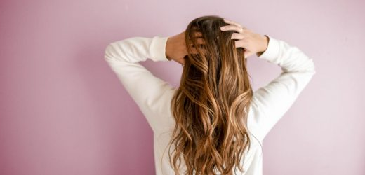 Simple Ways To Encourage Healthy Hair Growth